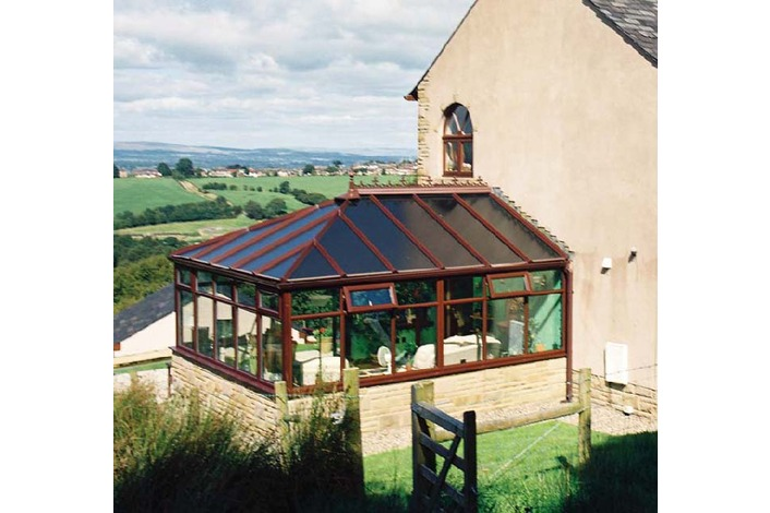 Woodgrain Edwardian with clear polycarbonate roof
