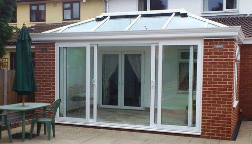 Customer gallery trade conservatories 2u for Conservatory sliding doors