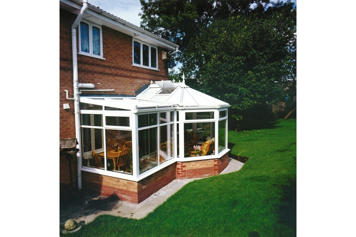 Victorian P shape with opal polycarbonate roof